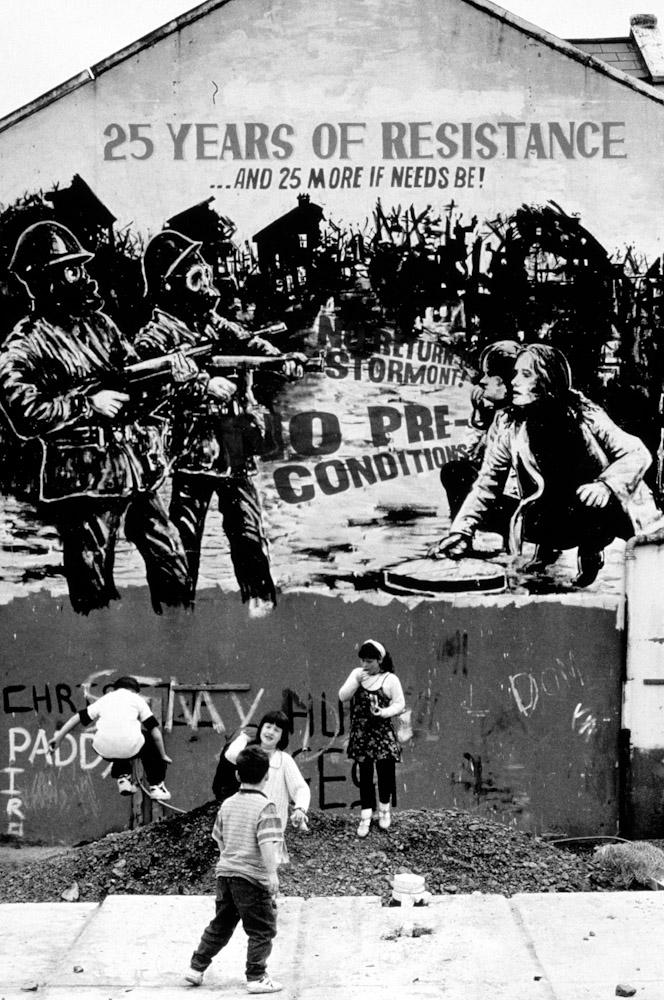 Northern_Ireland_IRA_Mural_187