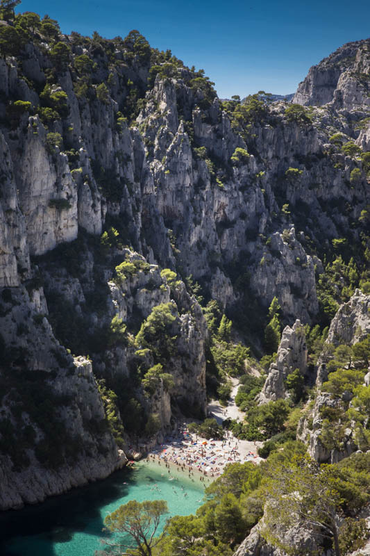 Calanque d'En Vau is part of the Massif des Calanques in the Bouches-du-Rhône département of France. This range extends for 20 km along the coast between Marseille and Cassis.