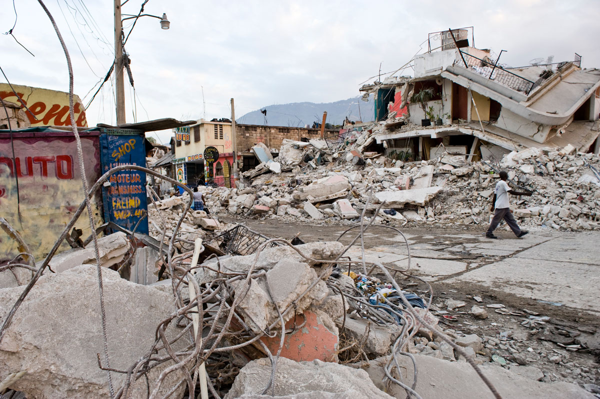 Three weeks after the January 12th earthquake, the streets of downtown Port-au-Prince are still strewn with debris.   © Habitat for Humanity International/Ezra Millstein