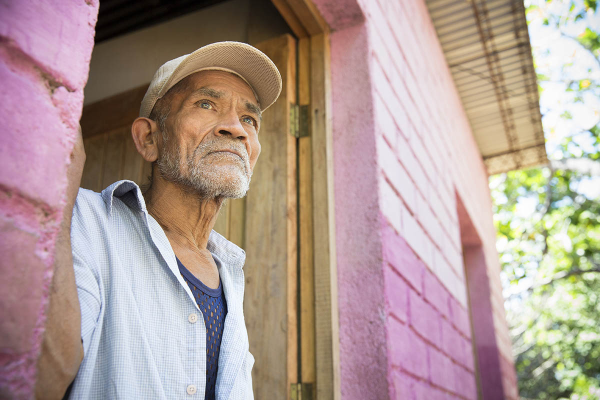 67 year-old Adolfo Gutierrez lived in a run-down shack in the neighborhood of La Gallina for 30 years, before moving into a Habitat home in 2013. © Habitat for Humanity International/Ezra Millstein