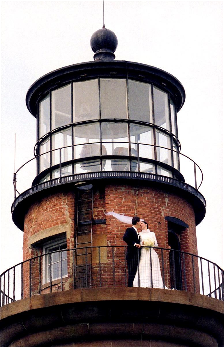 Faves_060_Marthas-Vineyard_Gay-Head-Lighthouse_05