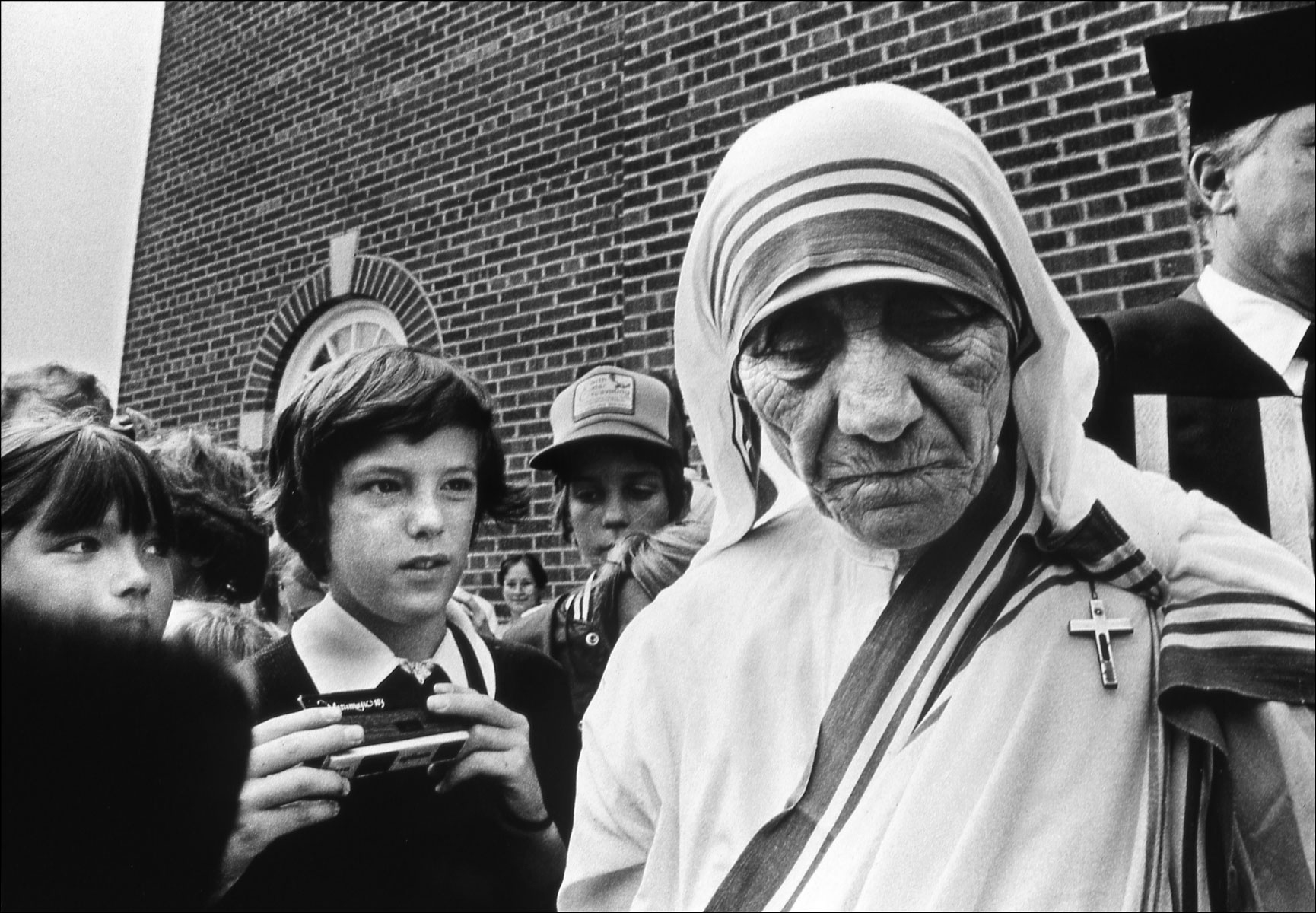 Photo of Mother Teresa visiting a church in Edmonton, Alberta, Canada.(for the Lethbridge Herald)