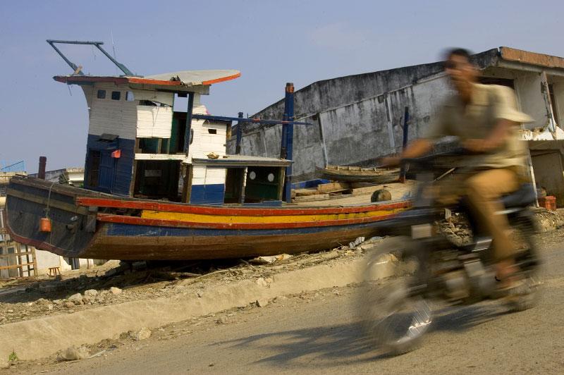 Indonesia-fisherman-13