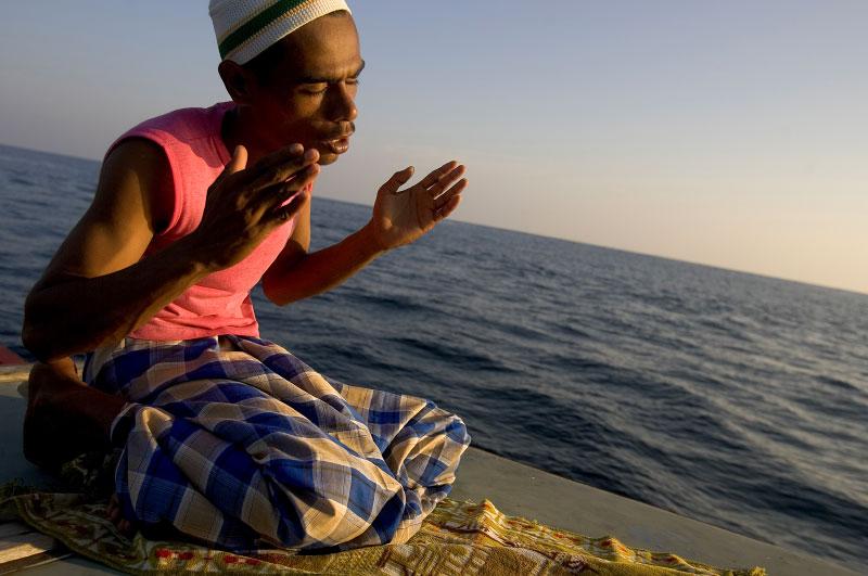 Indonesia-fisherman-15