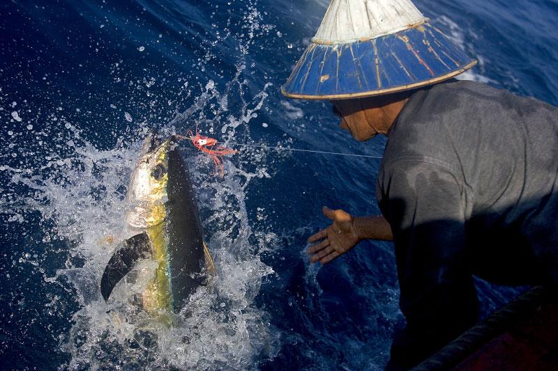 Indonesia-fisherman-20