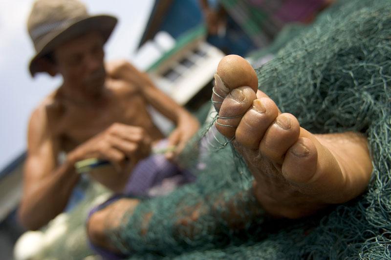 Indonesia-fisherman-25