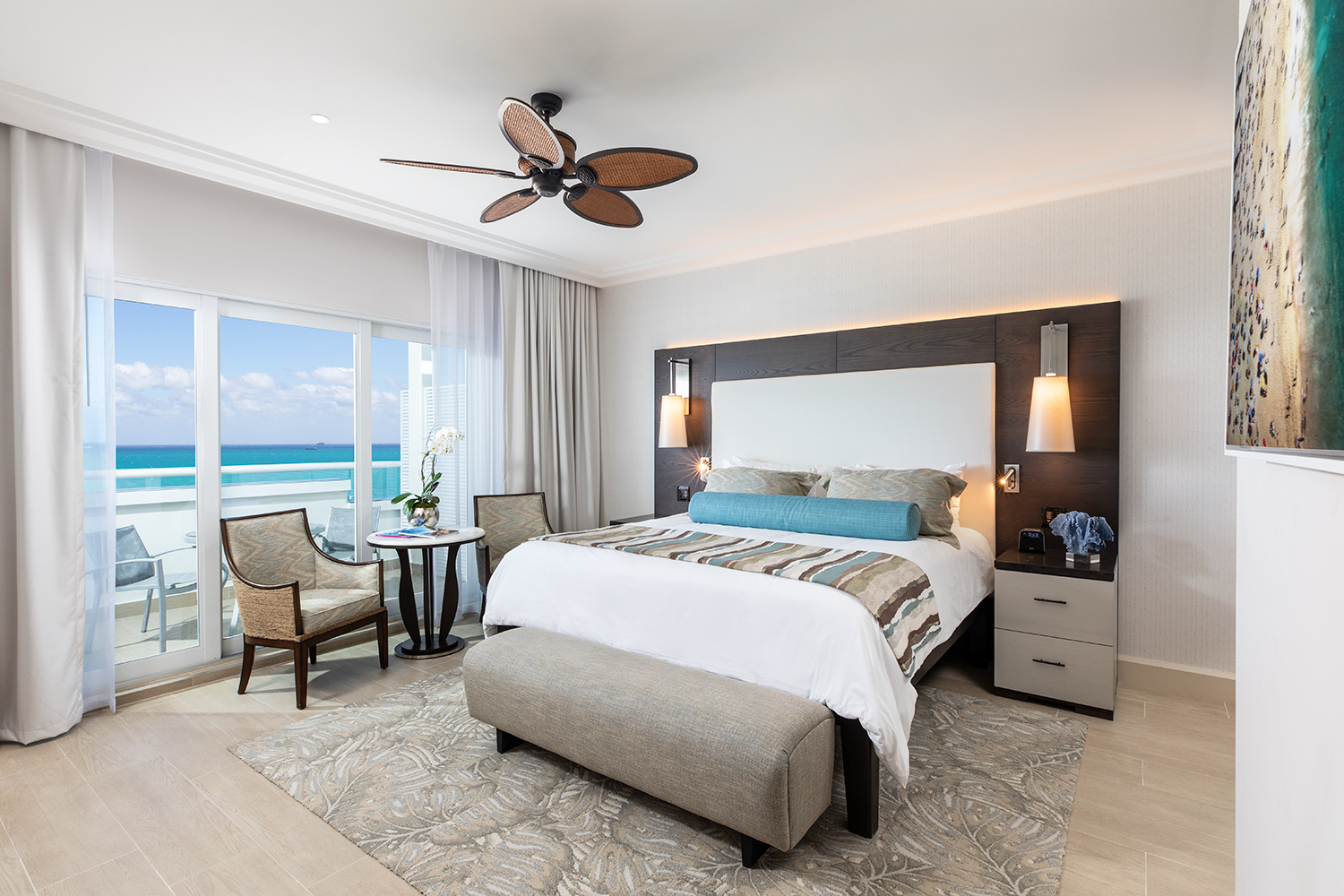 The-Palms-Hotel-March-2019-room-1204-02