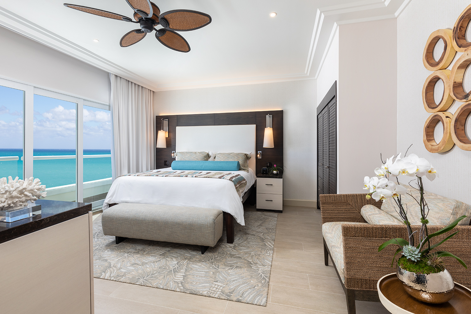 The-Palms-Hotel-March-2019-room-1206-05