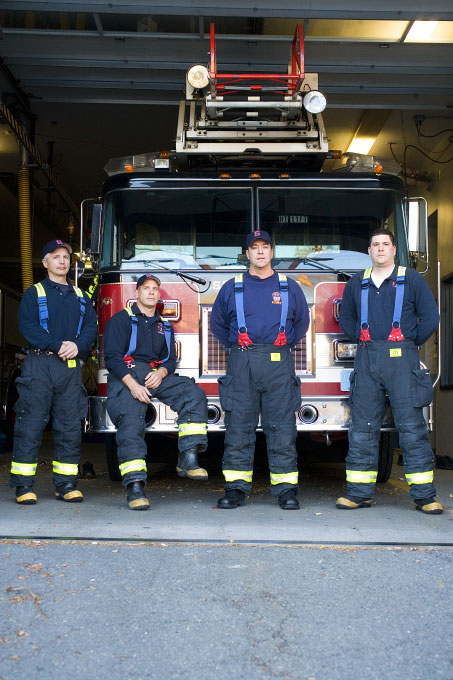 061030_0320_firefighters067
