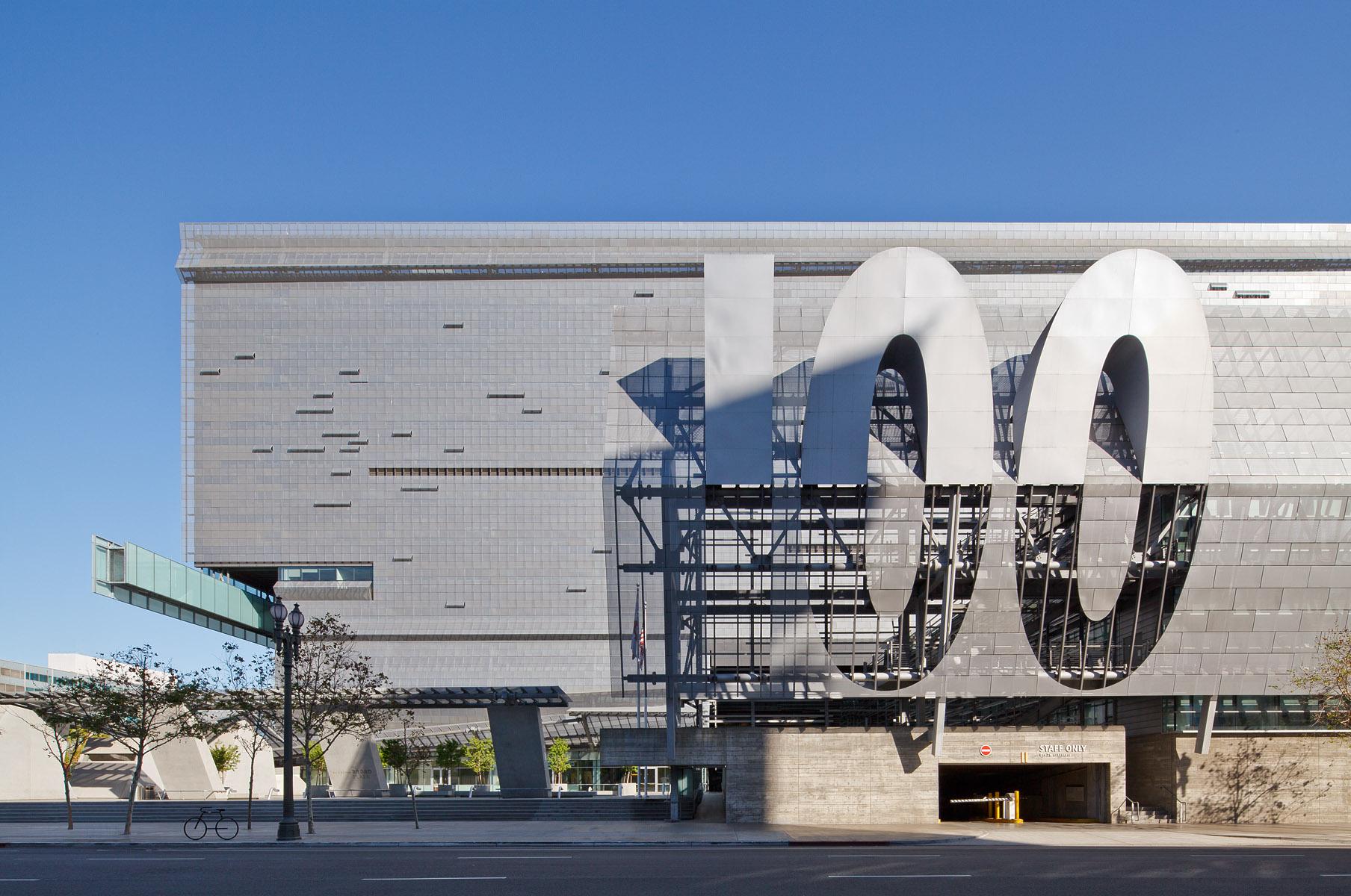 Caltrans District 7 HeadquartersLos Angeles, CAMorphosis