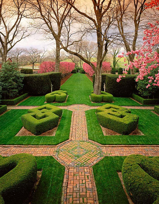 <b>Knot Garden</b><b>Gardens at Glen Burnie</b><b>Winchester, VA</b>Client:  The Museum of the Shenandoah Valley 