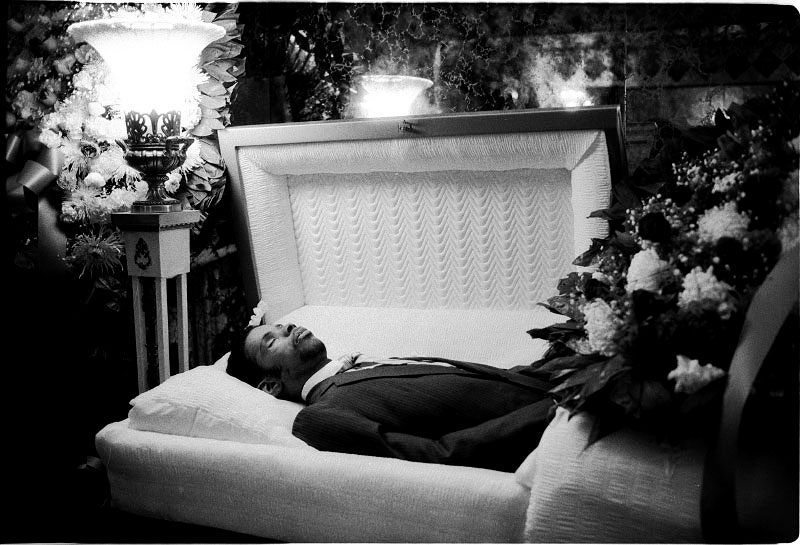 A funeral scene of Keith Thompson, a homeless activist, who died due to AIDS. Yet the real reason was that his nearly forced unhealthy shelter life, after the eviction from Tompkins Sq Park, made him infected by TB, then common death trigger for HIV-infected people. New York, January 1992.