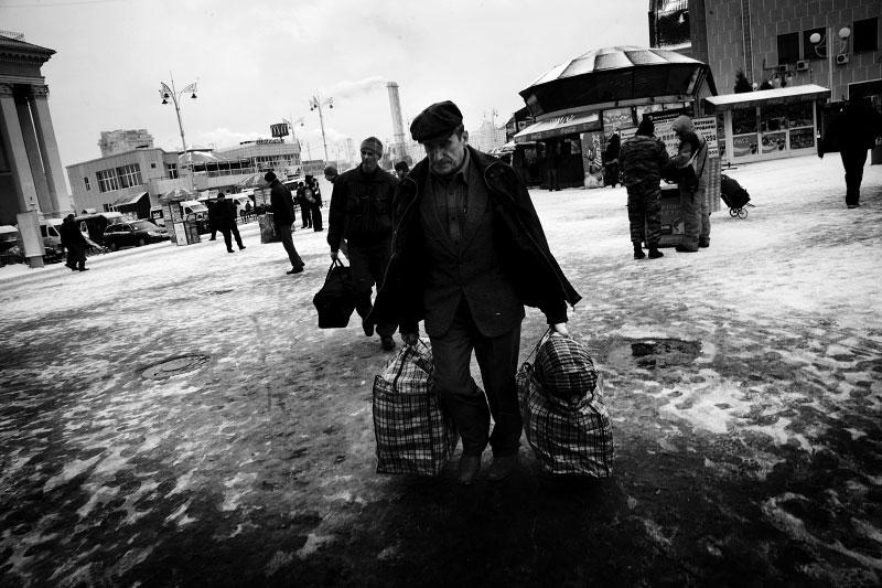 A scene of Kiev's central railway station, as the economic crisis has started to hit Ukraine. Kiev, Nov 23 2008.