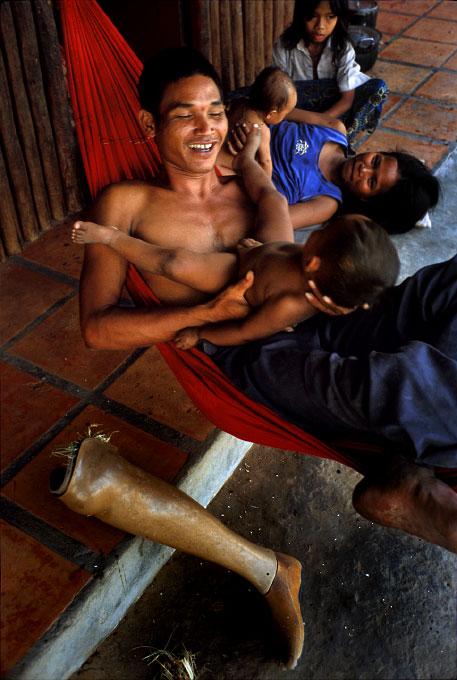 Family time at Angkor Kraw village