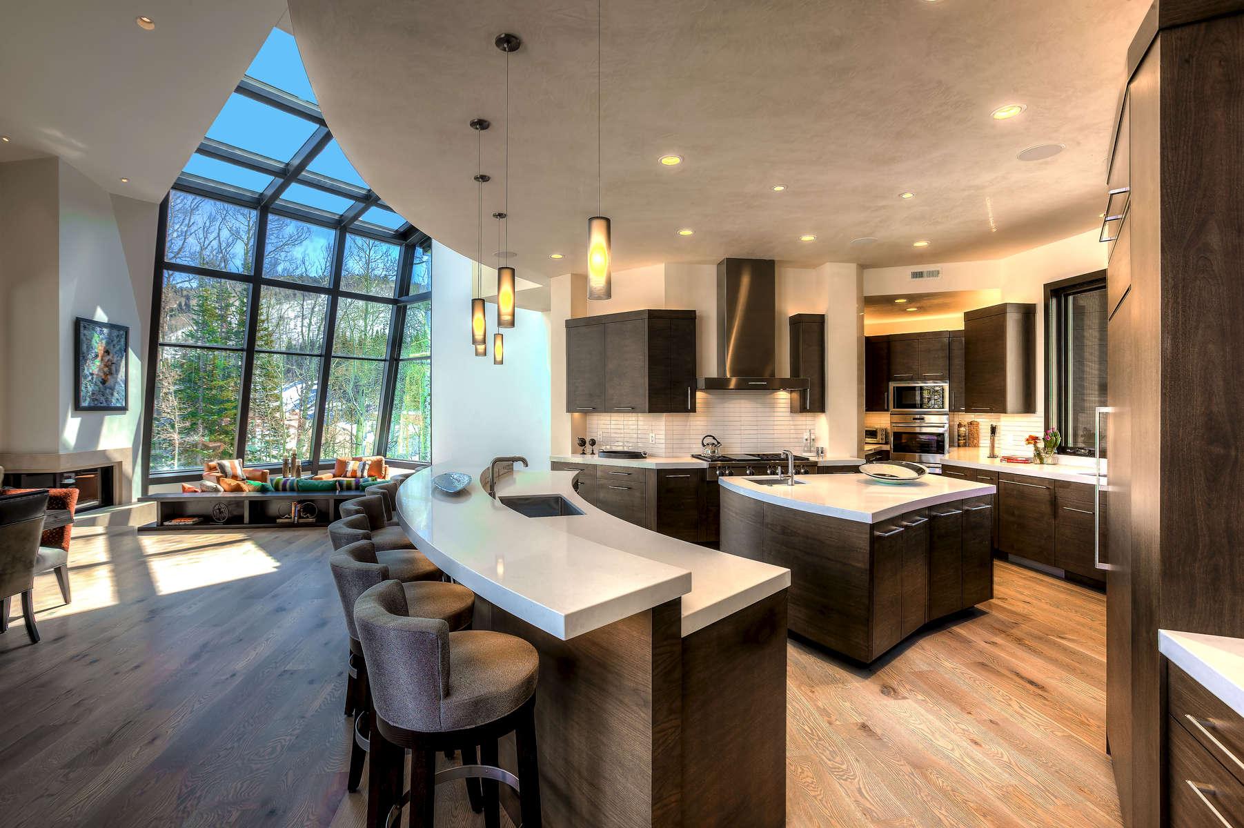 13-Bennett-Main-House-3501-17_E0E0481_Kit-to-skylight