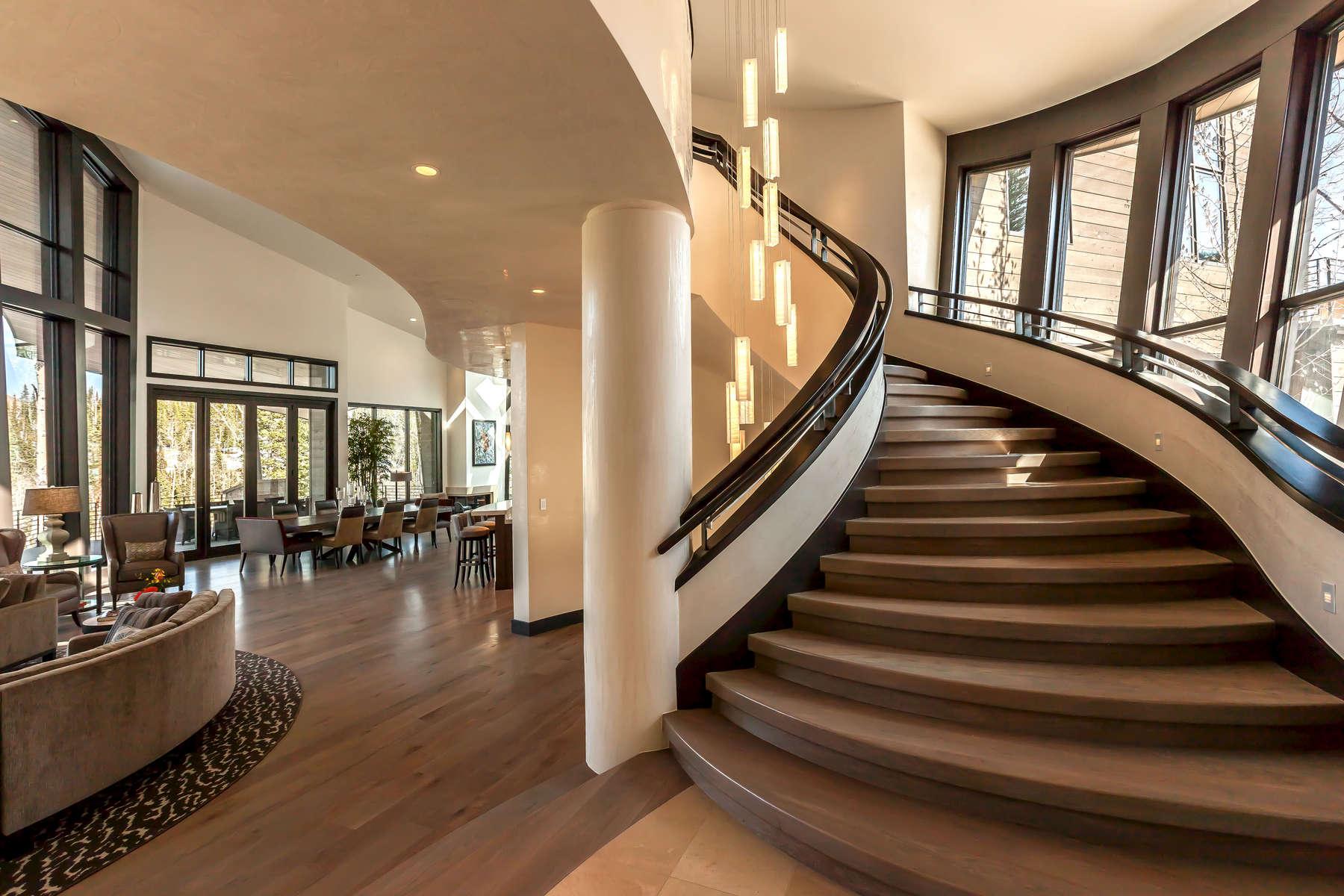 Bennett-Main-House-3501-23_E0E0578-Stair-to-3rd-flr