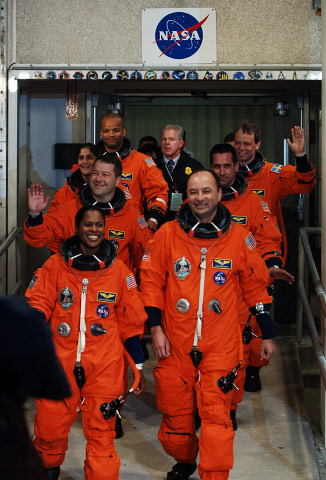 DISCOVERY STS-116 WALKOUT, FIRST ATTEMPT