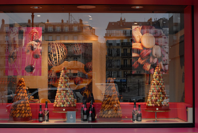 CANDY and REFLECTIONS, PARIS