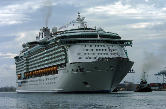 FREEDOM OF THE SEAS, MAIDEN VOYAGE