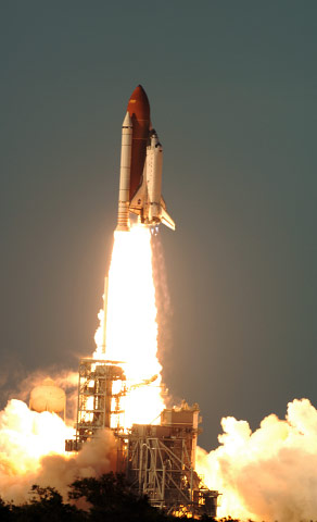 ATLANTIS, STS-117 For Bloomberg News