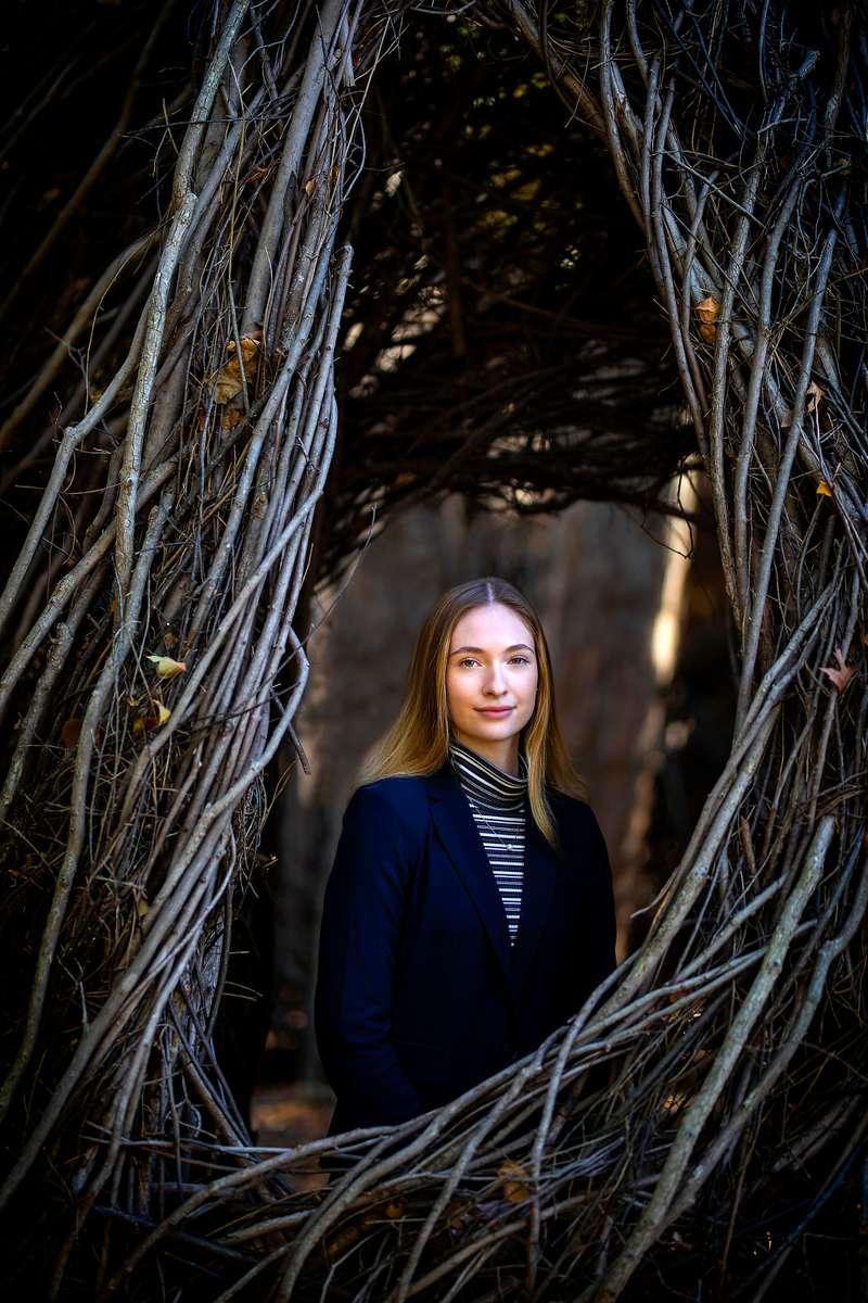 Malu Alvarez Arts Scholar Julia Matthiesen ë24