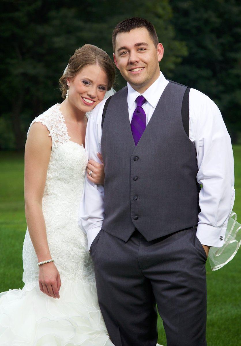 Bride and groom portraits for Amanda & Nick, Jacksonville Illinois Country Club. Wedding photography by Steve & Tiffany Warmowski.