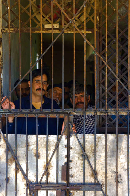 Prisoners waiting for transfer and hearings, Islamabad District Court