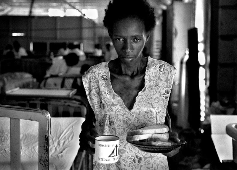 Georgetown Hospital© Nikki Kahn 2002 ALL RIGHTS RESERVED