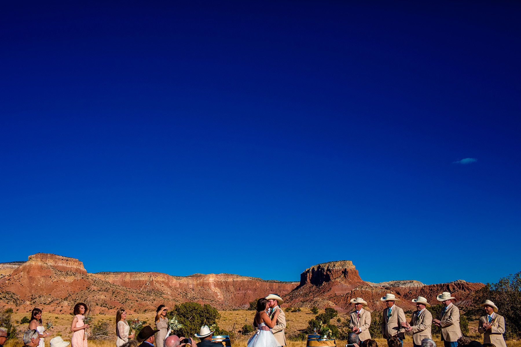 chelsea-and-brandon-ghost-ranch-wedding-2015-1016