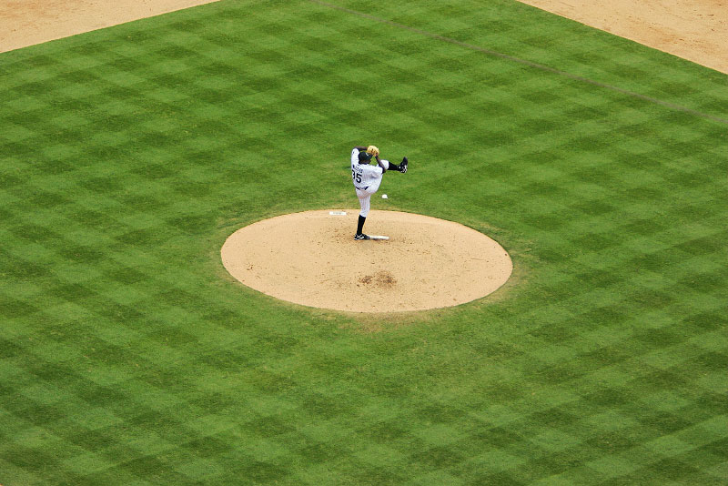 Florida Marlins pitcher Dontrelle Willis on the mound against Philadelphia