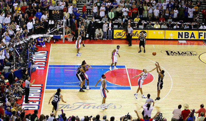 San Antonio Spurs Robert Horry making the game winning three point shot against  Detroit Pistons Tayshaun Prince