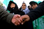 01_27_05-Hamasfeatures-girl
