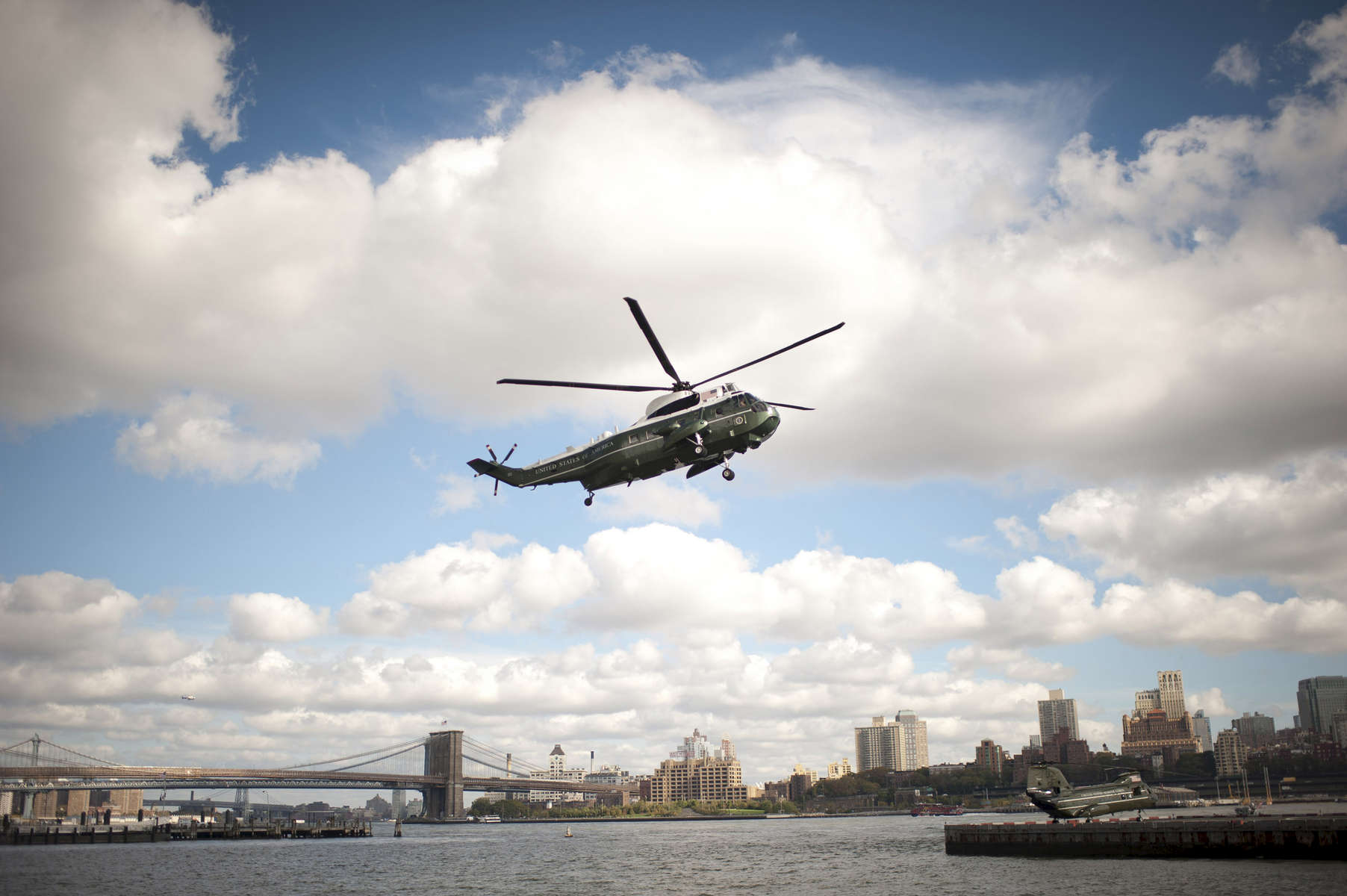 October 18, 2012 - New York, NY: Marine One comes in for a landing in Lower Manhattan as President Barack Obama begins a day trip in New York City. (Scout Tufankjian for Obama for America/Polaris)
