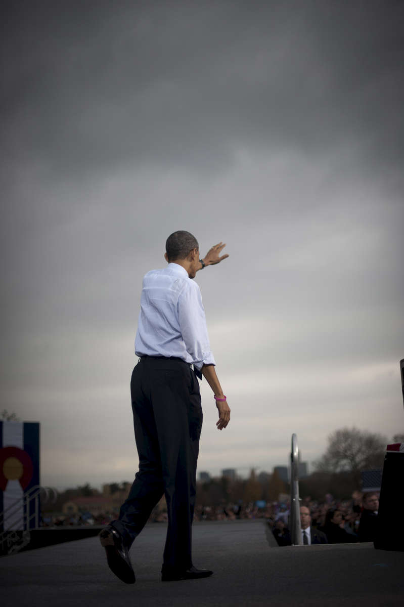 October 24, 2012-  Denver, CO: President Barack Obama waves goodbye to supporters after speaking at a rally in Denver, his second stop on a 48 hour swing of straight events. (Scout Tufankjian for Obama for America/Polaris)