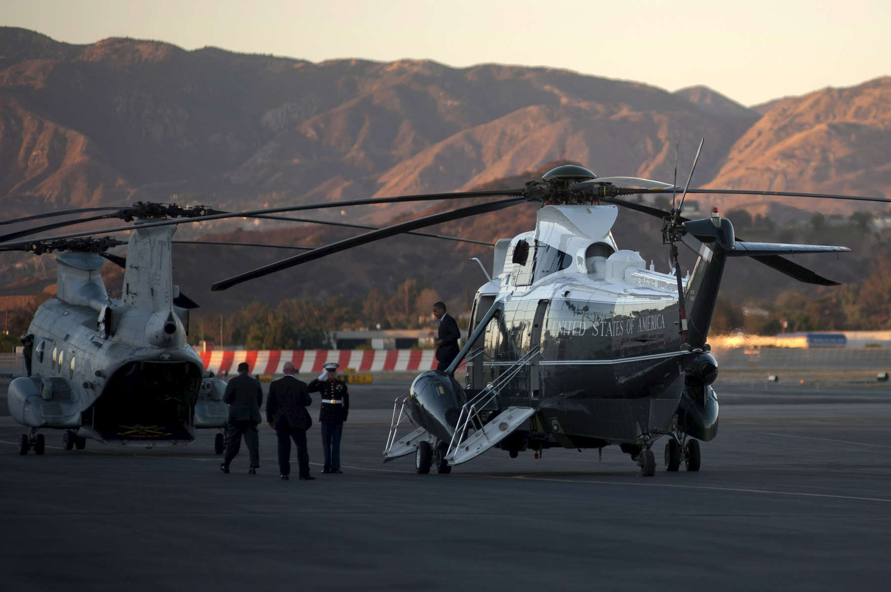 October 24, 2012 - Burbank, CA: President Barack Obama disembarks from Marine One at Burbank Airport en route to the Tonight Show with Jay Leno. (Scout Tufankjian for Obama for America/Polaris)