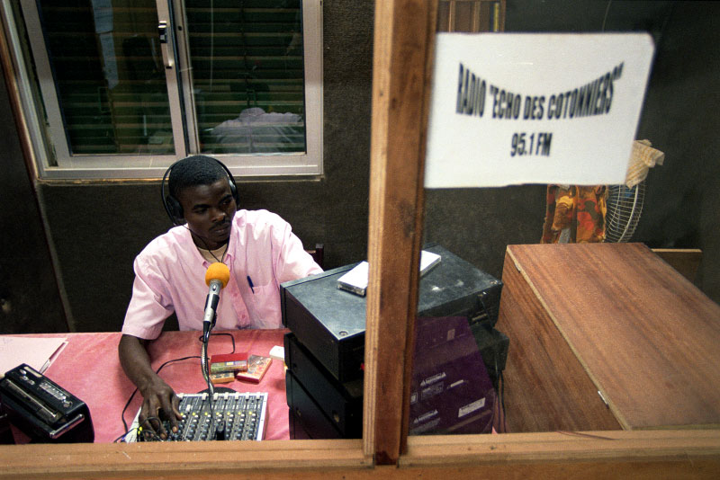 Radio Cotton is a local station sponsored by the cotton producers union and Sofitex, the partially privatized State cotton company, with programing of music, information, news, agriculture, health and debate programs.Solenzo, Burkina Faso.Photo © J.B. Russell