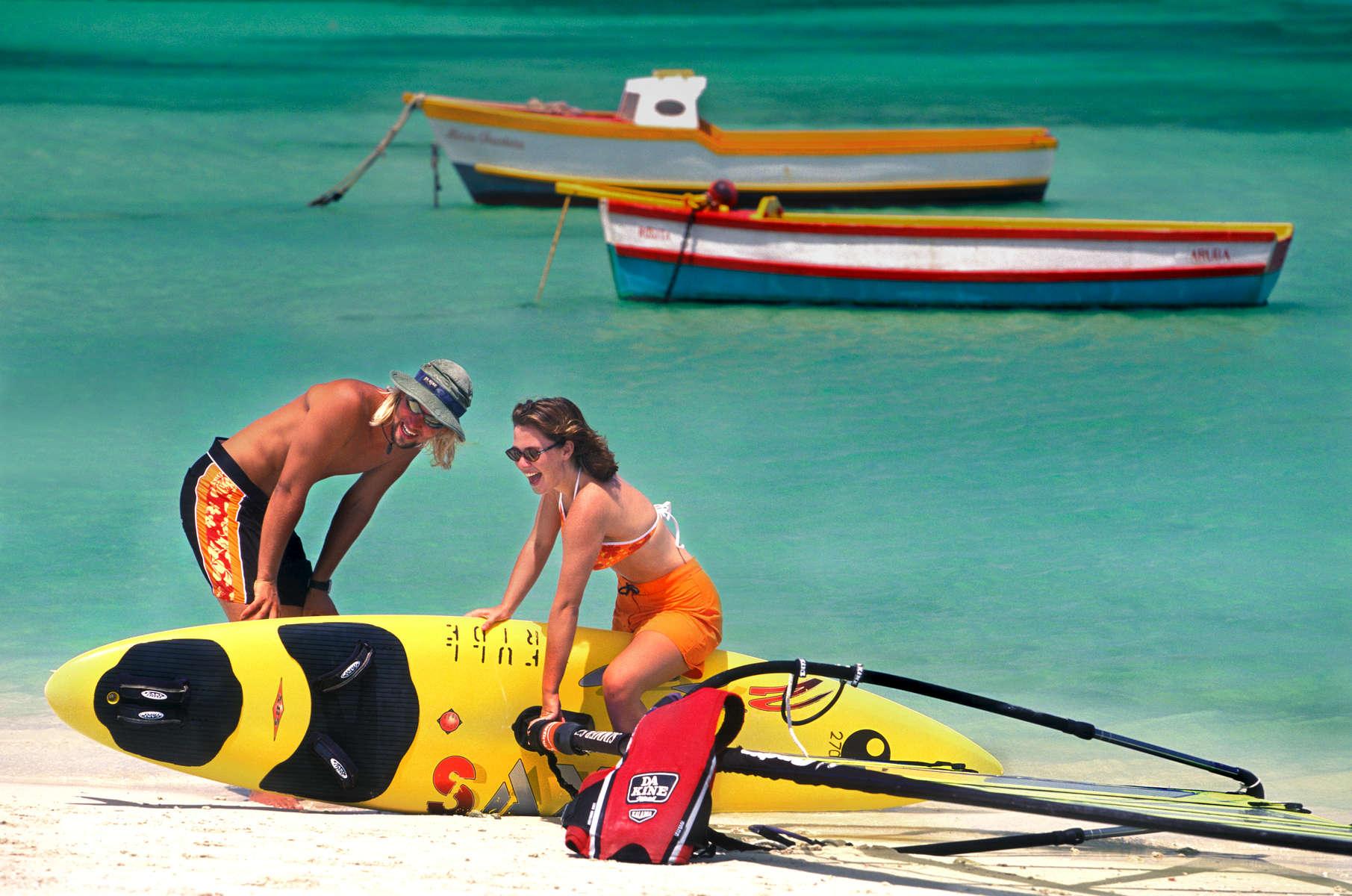 Client: Surf Expo/ARUBA