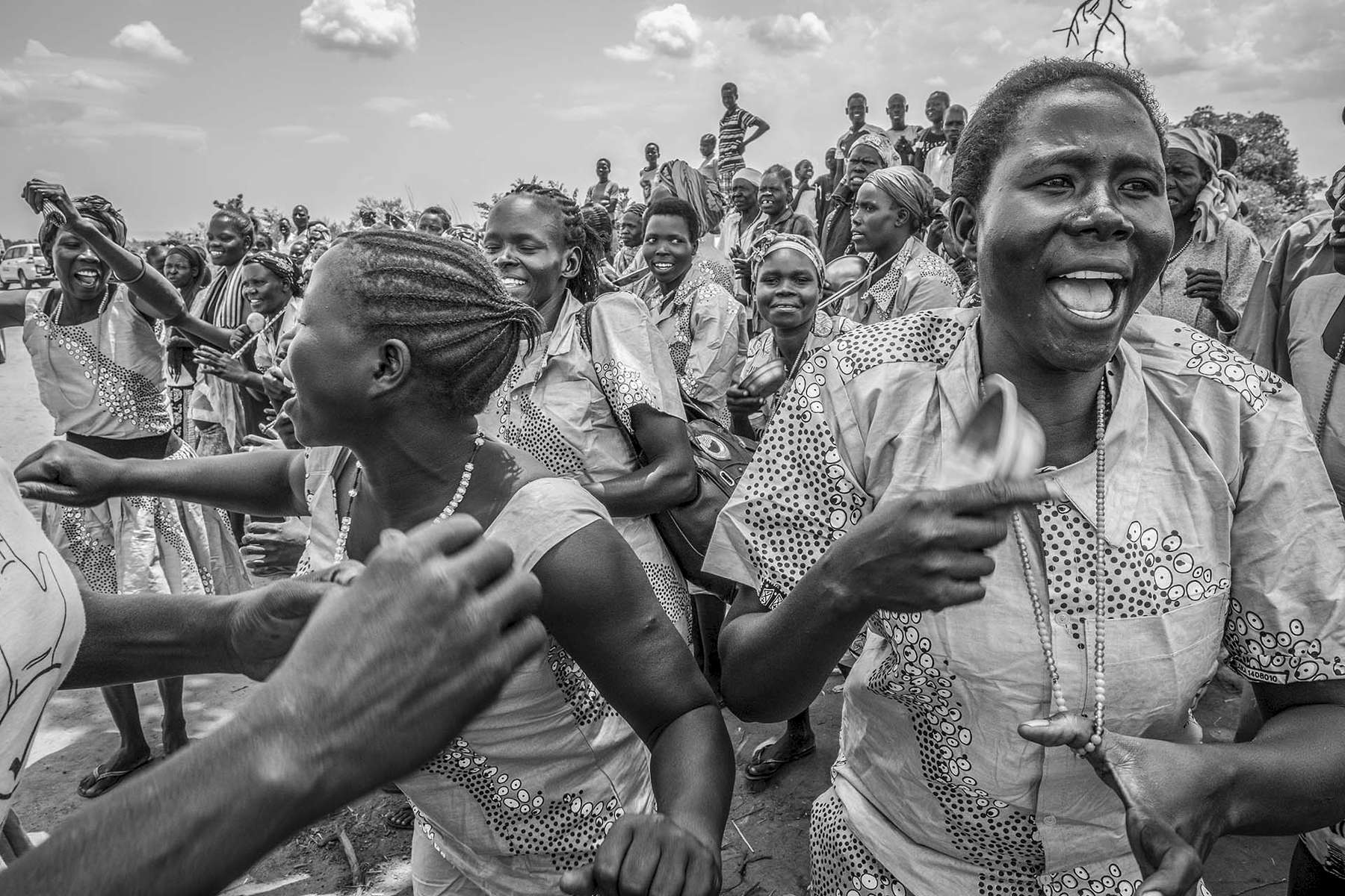 Refugee from South Sudan gather to welcome the arrival of Filippo Grandi, United High Commissioner for Refugees at Pagirinya refugee settlement in Adjumani district of Uganda August 29, 2016. © Jiro Ose