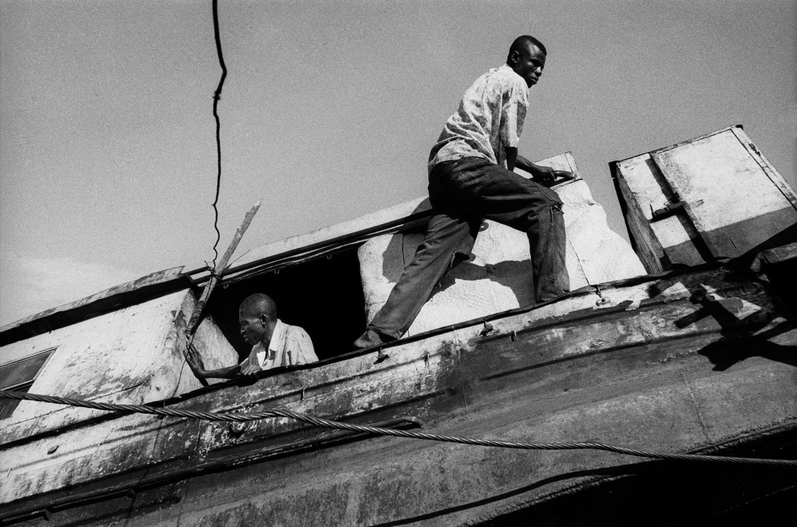 Boat repair on the Tshuapa River, DRCongo 2002