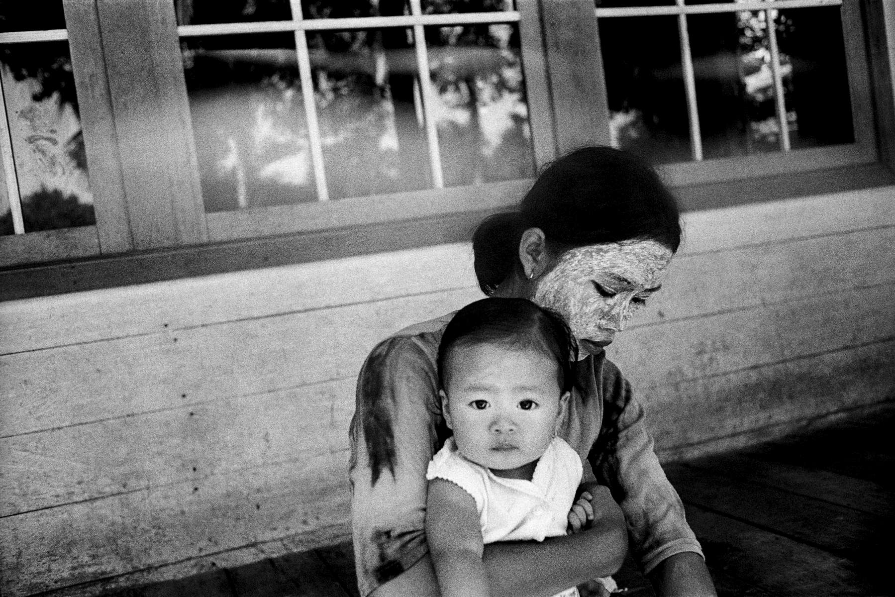 Mother-Daughter in Eastern Kalimantan, Indonesia 2003