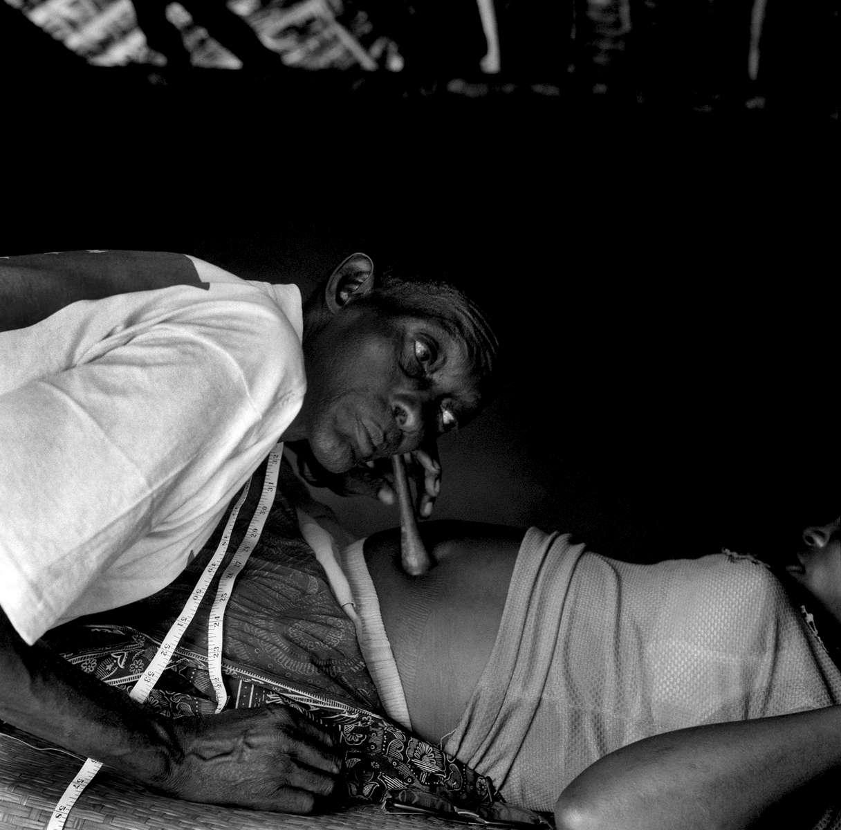 Sage Homme in Yalusaka, DRCongo 2002