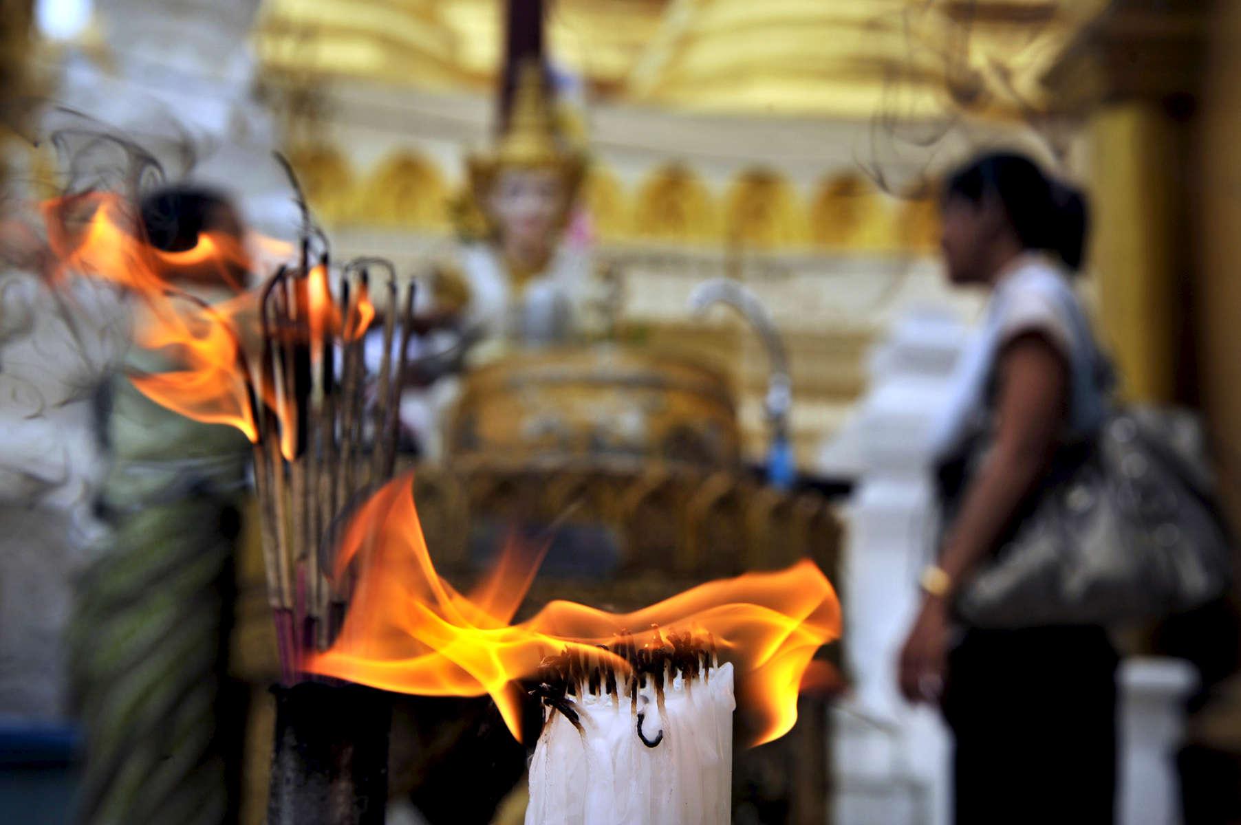 Shwedagon Paya, Yangon, Myanmar, August 2009