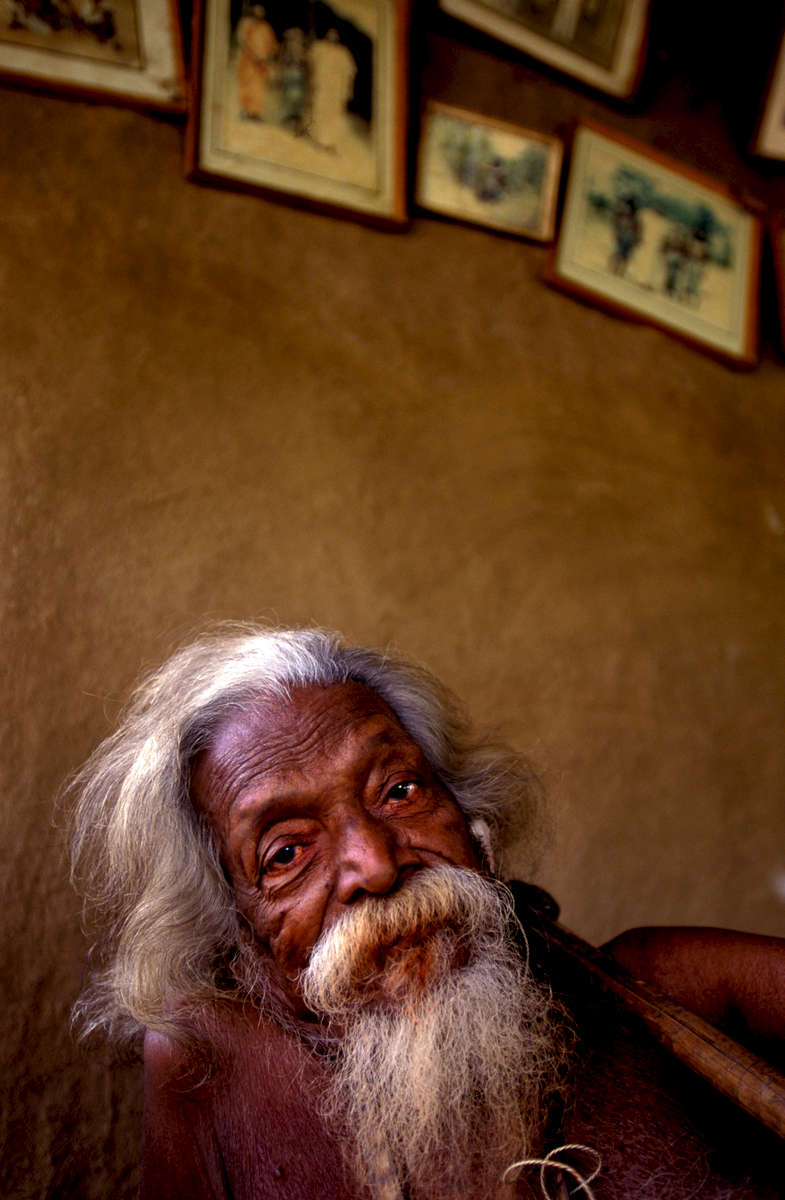 Tissahamy, portrait of the chief of the Wanniyala-Aetto (Veddahs) indigenous people of Sri Lanka. He died in 1998.