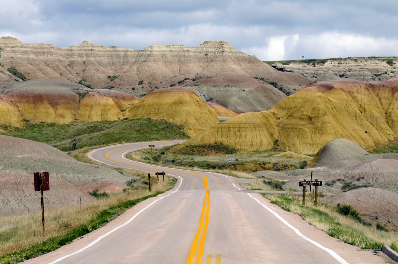 Yellow Mounds, Badlands- South Dakota