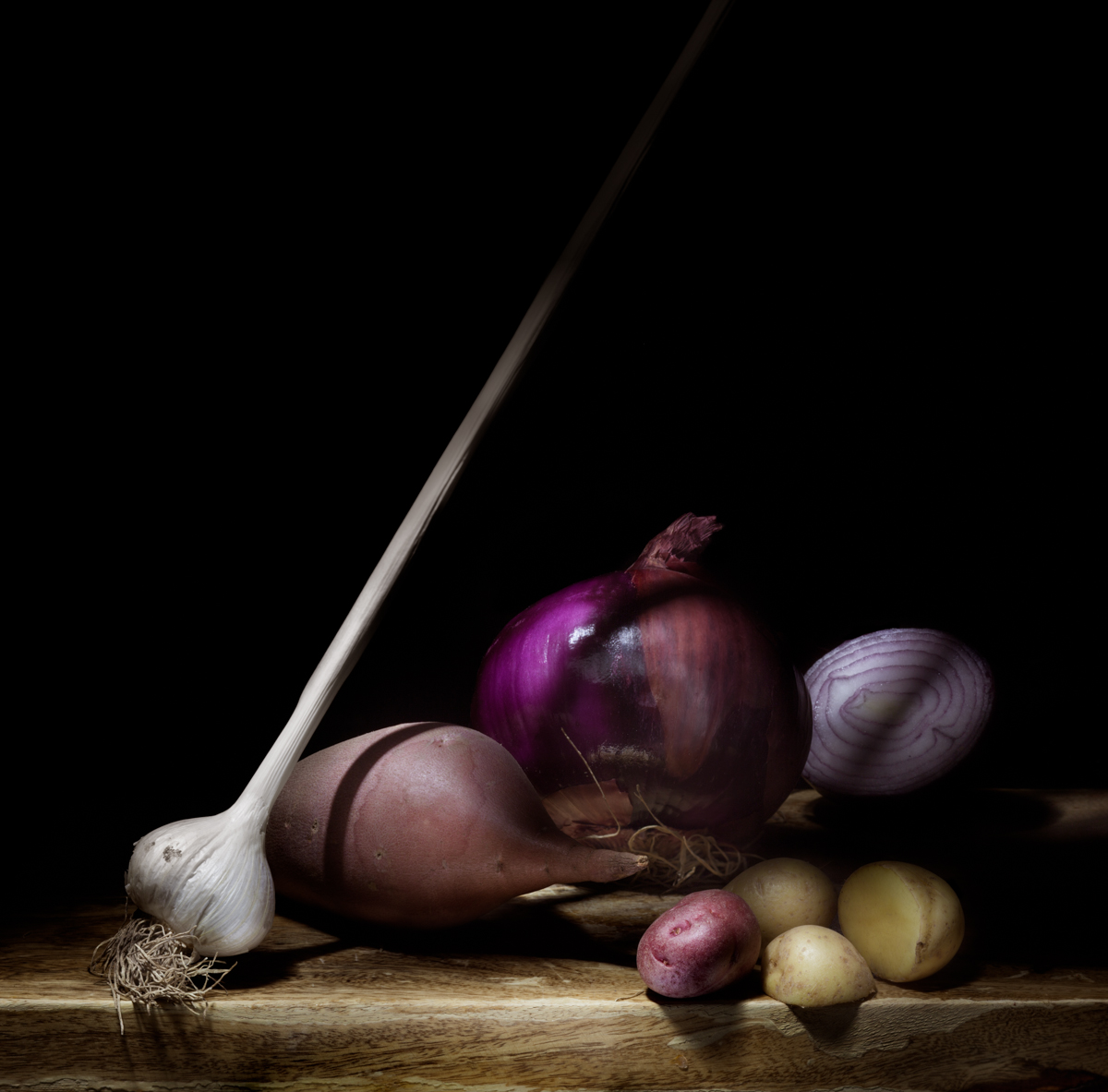 Still-Life-Garlic-MW