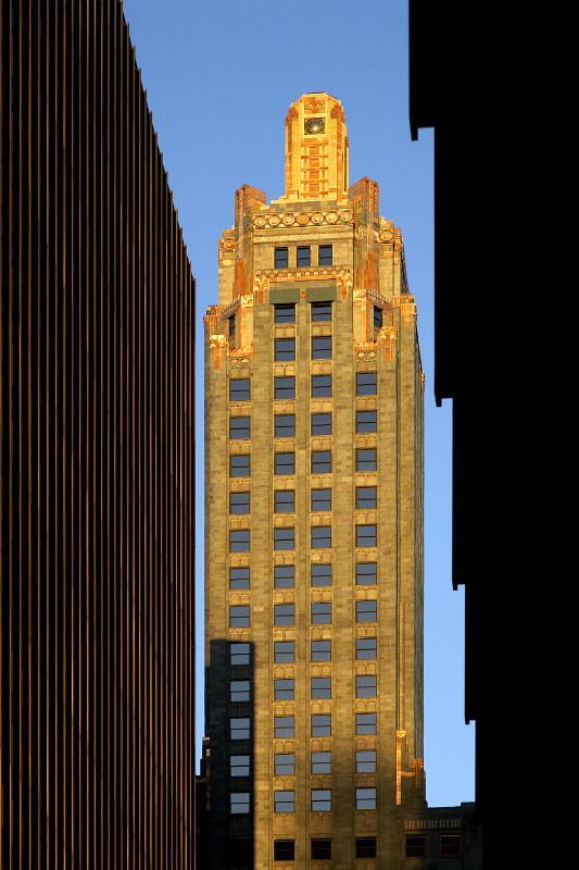Carbide and Carbon Building - Chicago, Illinois