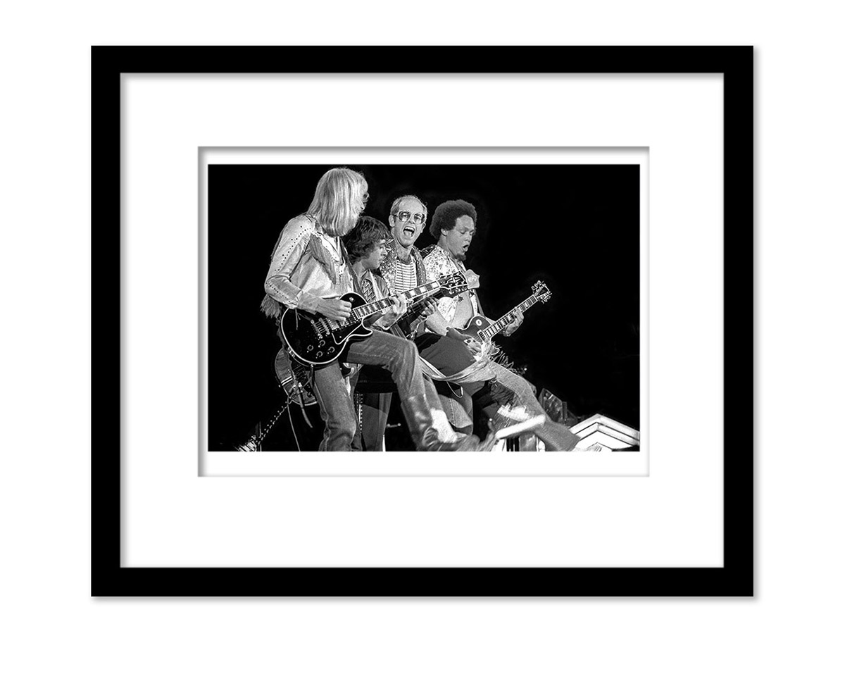 FAREWELL TOUR SPECIAL OPEN EDITIONPRICES REFLECT 40% DISCOUNTEACH UNFRAMED PRINT IS SIGNEDDROP DOWN FOR SIZES8X10 SMALL $75.00 USD11X14 MEDIUM $105.00 USD17X22 COLLECTOR $210.00 USD