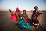 Gypsy girls at Thar desert near Jaisalmer.