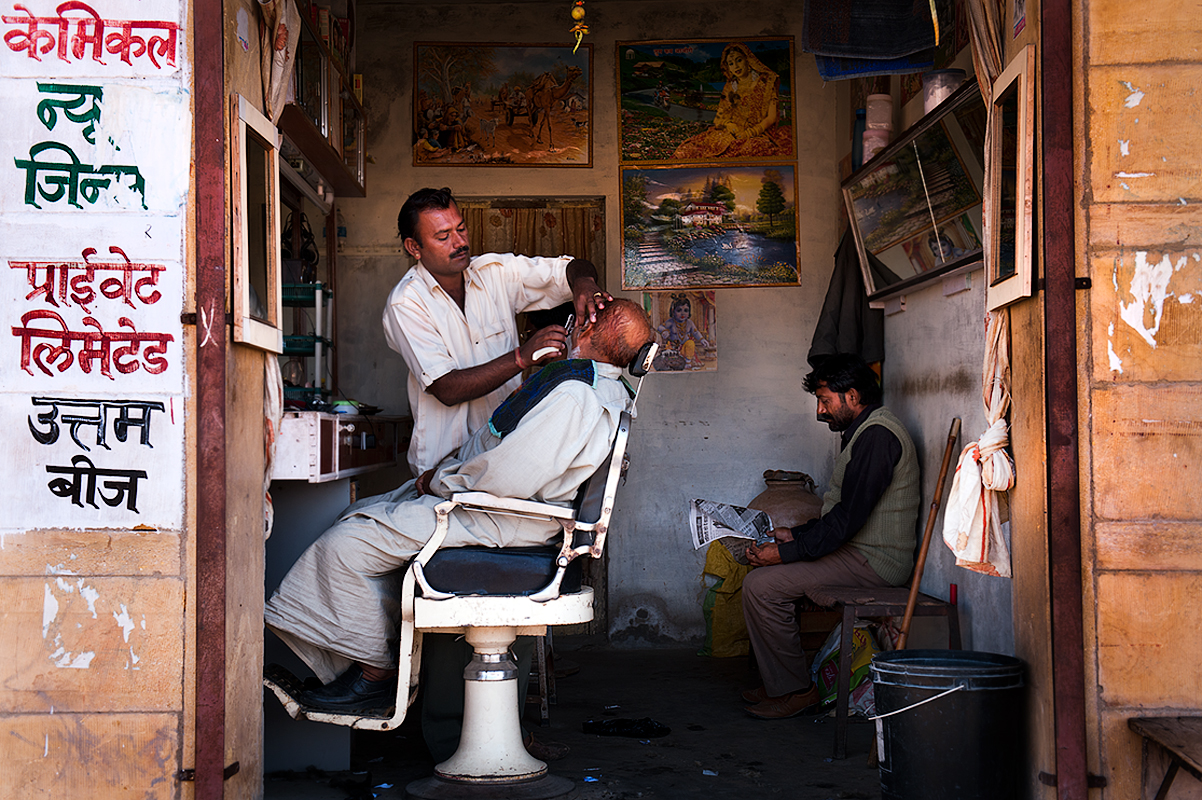 The barber shop, Jaisalmer, Rajastan
