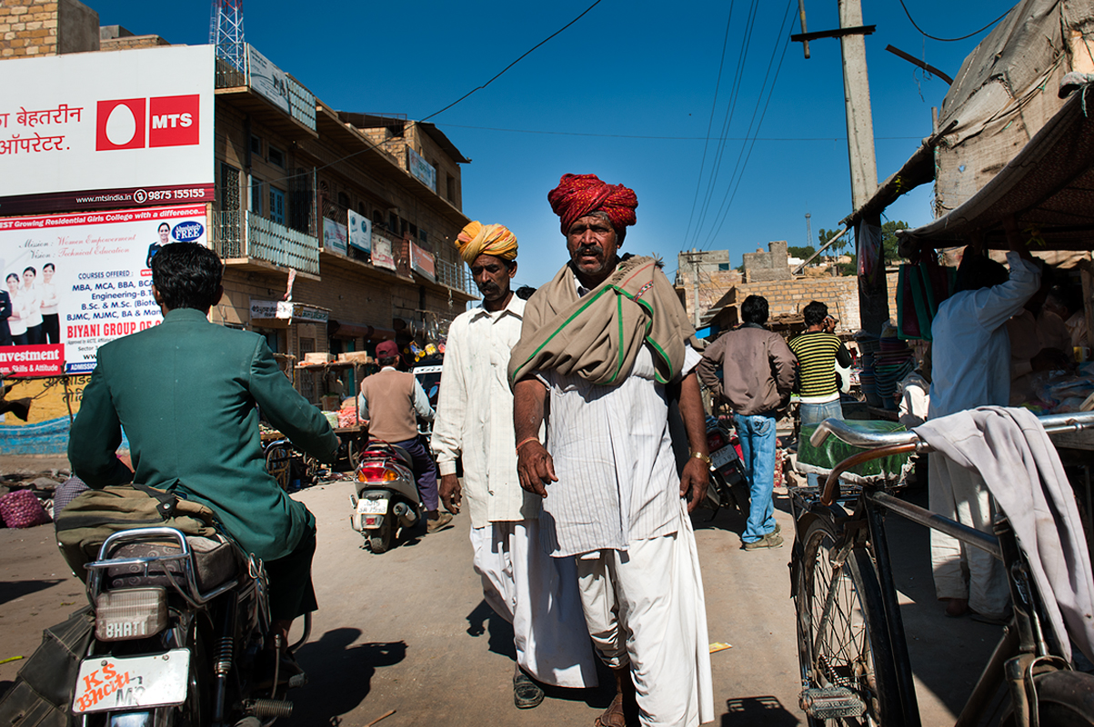 A scene from downtown Jaisalmer.